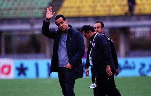 واکنش علی کریمی به شکست سنگین تیمش مقابل استقلال/آخر الزمان که نشده!