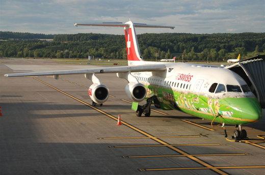 هواپیمای  Avr RJ100 خطوط هوایی بینالمللی سوئیس