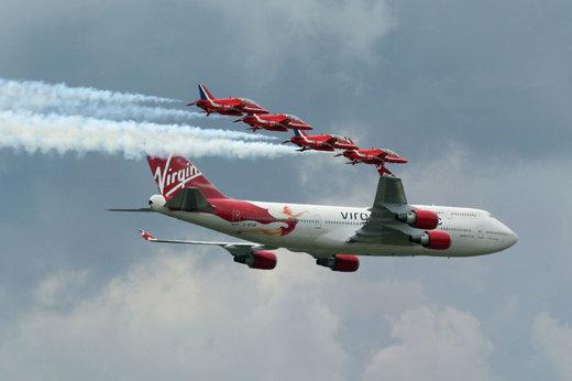 هواپیمای ویرجین 747-400 صلیب سرخ
