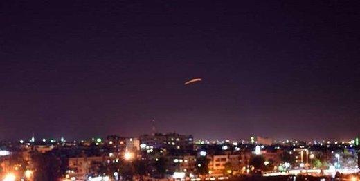 واکنش پدافندی سوریه به موشکهای مهاجم در فرودگاه دمشق