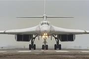 روسیه دو بمبافکن مدرن به ونزوئلا داد