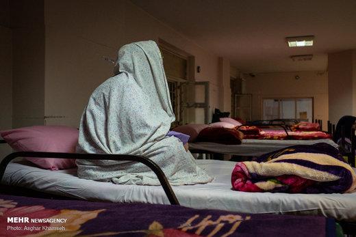 سامانسرای زنان کارتن خواب