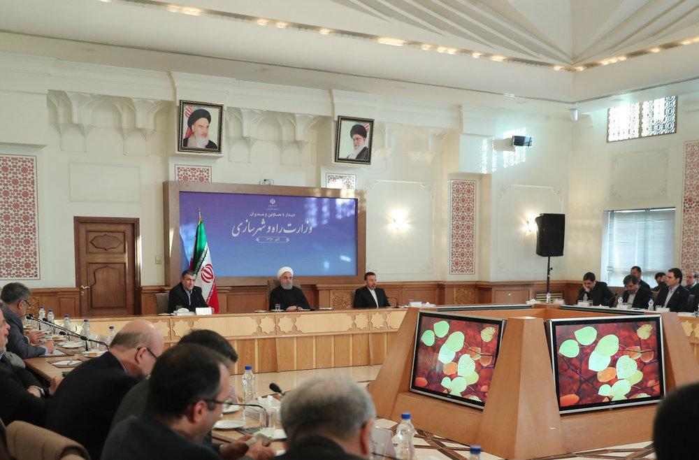 روحانی: میگویند فلان کنوانسیون را امضا کنیم اسلام از دست میرود