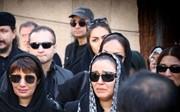 فیلم | مراسم تشییع پیام صابری با حضور هنرمندان