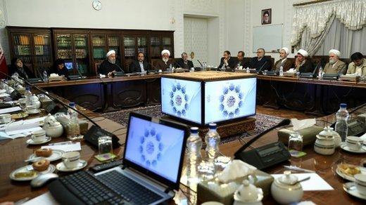 فرجام نامعلوم مجادله روحانی و ضرغامی/ شورای عالی انقلاب فرهنگی در کما باقی میماند؟