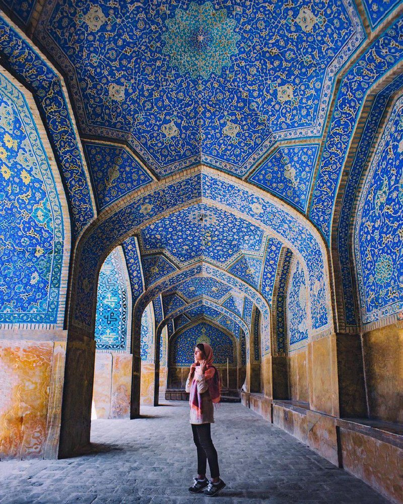 Alexandra Pankratova travel to iran