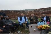 چای و قلیان لبنانیها در چند متری نظامیان صهیونیست!/عکس
