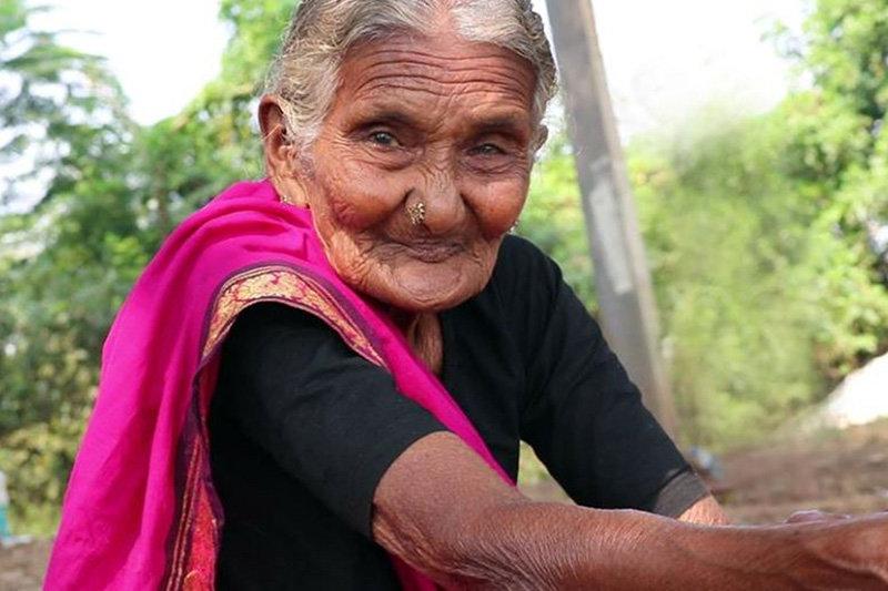 فیلم | مادر بزرگ ۱۰۷ ساله یوتیوب درگذشت