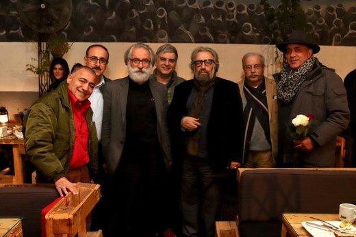 سورپرایز تولد ۷۸ سالگی مسعود کیمیایی را در این عکس ببینید: داریوش مهرجویی
