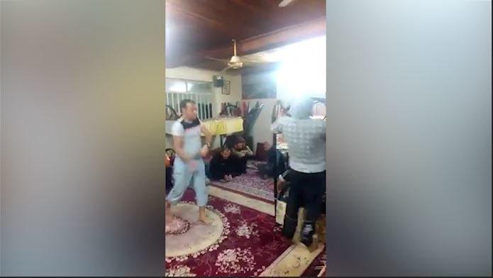 فیلم | تنبیه بدنی معتادان در کمپ ترک اعتیاد در رامسر!