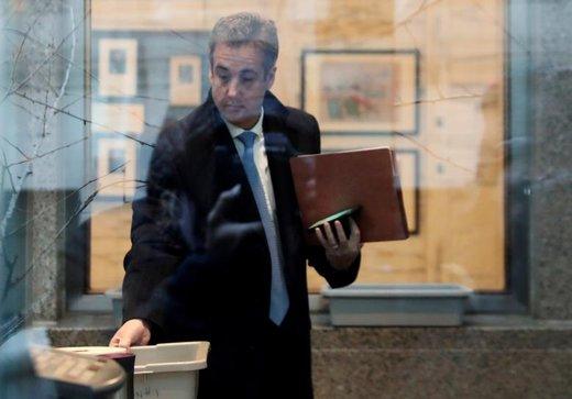 مایکل کوهن، وکیل سابق دونالد ترامپ، رئیسجمهور آمریکا، برای محاکمه به دادگاه ایالات متحده در منهتن رسیده است