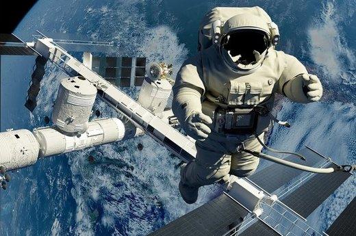اولین احساس در سفرهای فضایی سردرد و تهوع است