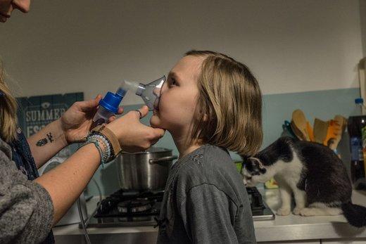 مشکلات تنفسی یک خانواده در شهر کراکوف لهستان
