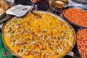 تصاویر | دنیای رنگ و بو و مزه در بازار کشمیر