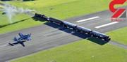 اتفاقی وحشتناک در باند فرودگاه / عبور قطار پرسرعت از وسط باند / عکس