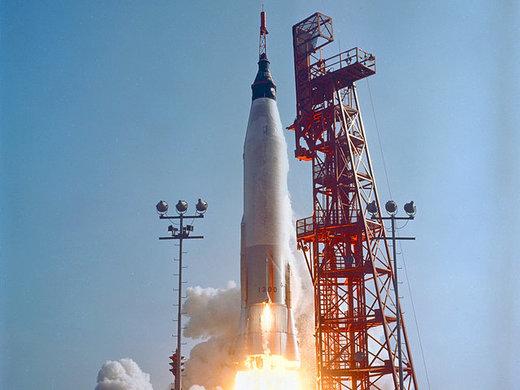 سالروز پرتاب اولین سفینه فضایی سرنشیندار آمریکا