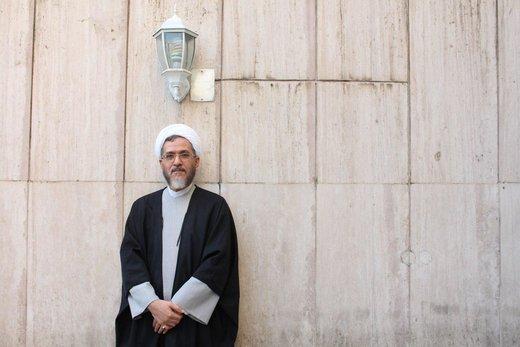 پاسخ توئیتری نماینده اصلاحطلب به توهینهای یک مجری : کودک متولد خرداد ۸۸، سن سیاسی من را در زندان ساواک جستجو کن