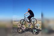 فیلم | دوچرخه نه، ۸ چرخه!