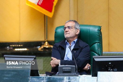 پزشکیان: شورای نگهبان بگوید چه عیبی داشتیم که ردصلاحیت شدیم/گردنم را گرو میذارم به آنچه گفتم و عمل نکردم /ایران برای همه است نه یک دسته
