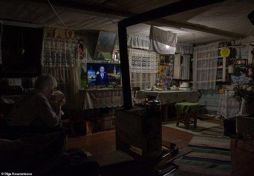 زندگی عجیب زن ۷۰ سالهای که تنها ساکن یک روستای مرزی است