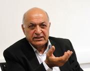 محمود آموزگار از دلیل حذف برخی کتابها توسط ناشران میگوید