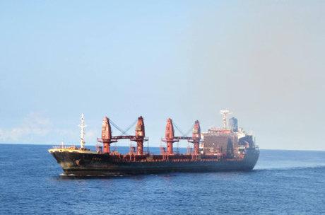 عملیات امدادی ارتش برای غرقنشدن کشتی تجاری ایرانی در خزر