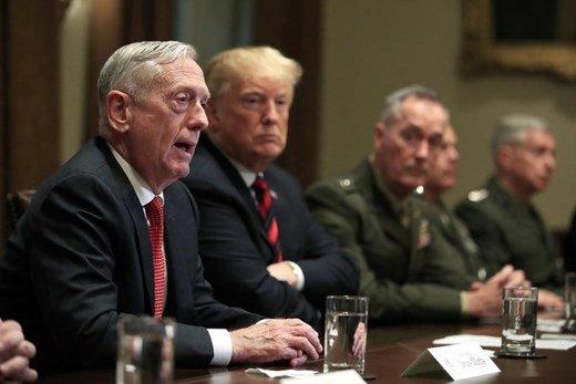 ادامه واکنش سیاستمداران آمریکایی به استعفای وزیر دفاع