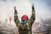 ۲۰بالابر آتش نشانی مدتها در گمرک خاک میخورد