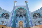 هشدار به فروشگاههای صنایع دستی: کاشیهای سرقتی بناهای تاریخی را نخرید