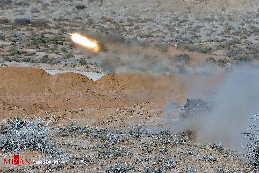 مهمترین تجهیزات استفاده شده در جریان رزمایش دیروز سپاه/ از «مین ضدبالگرد» تا «توپخانه هوشمند»
