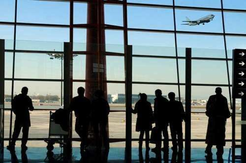 عوارض خروج از کشور سال آینده چقدر است؟/ زائران اربعین از پرداخت عوارض معافند