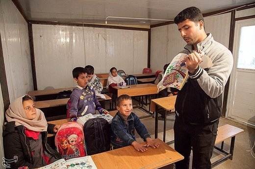 وزیر آموزش و پرورش:  ۳ هزار و ۹۰۰ مدرسه کانکسی رقم قابل توجهی نیست