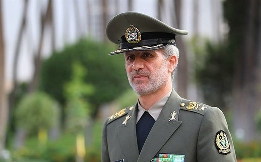 الدفاع الايرانية: الحظر فرصة تاريخية لتعزيز القوة