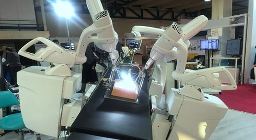 First Iranian surgeon robot showcased in 'Made in Iran' exhibition