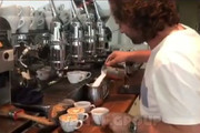 فیلم | سادهترین راه برای نقاشی روی فنجان قهوه