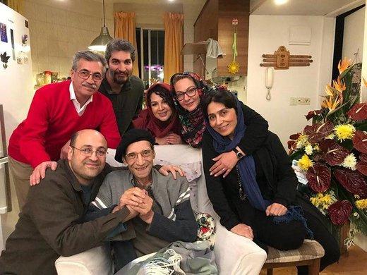 عکس   سلفی شهره سلطانی و دیگران با حسین محباهری