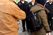 فیلم | شیوه جدید برای دزدی از کیف خانمها!