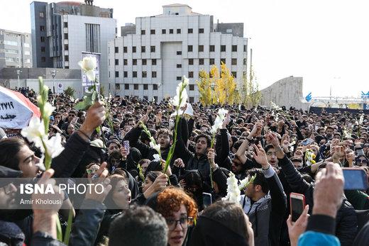 دومین روز تجمع اعتراضآمیز دانشجویان علوم و تحقیقات