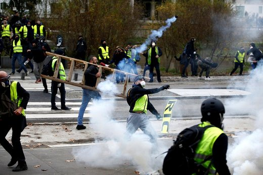 شبکههای خبری فرانسه در محاصره جلیقهزردها