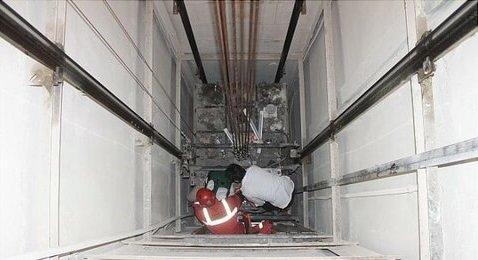 آسانسورها جان میگیرند/ ۹۰ درصد آسانسورها استاندارد نیستند