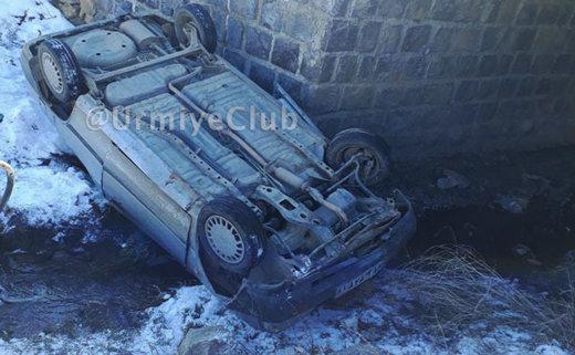 فیلم و عکس | سقوط سرویس دانشآموزان ارومیه از پل