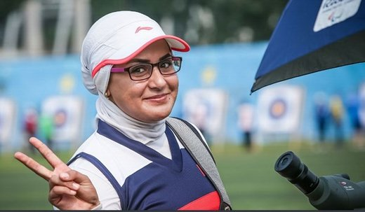 Zahra Nemati receives International Women's Day award