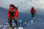 چرا کوهنوردان باید از رنگهای جیغ استفاده کنند؟