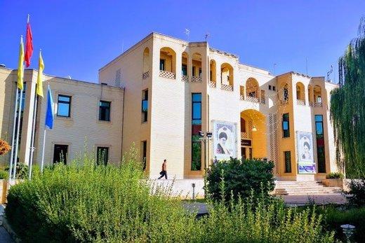 دانشگاههای وابسته به نهادها، در یک قدمی انحلال/ مخاطب روحانی کدام دانشگاهها بود؟