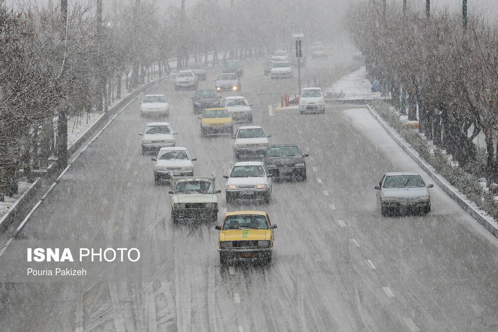 بارش اولین برف زمستانی در همدان