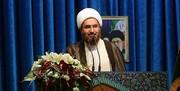 امام جمعه تهران: نمازگزاران از وجود میلههای نمازجمعه خشنود نیستند/ خاورمیانه گورستان آرزوهای آمریکایی شده است