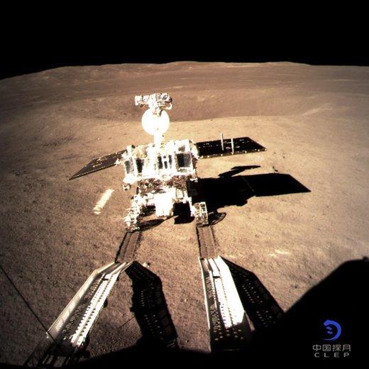 حرکت سطحنورد چینی روی ماه/ عکس