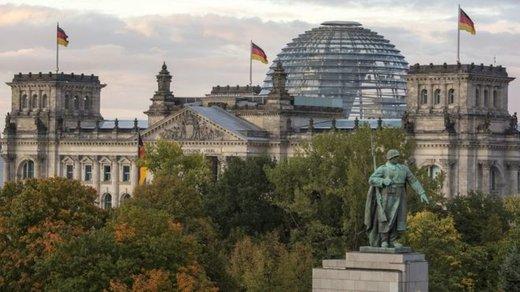 حمله سایبری بزرگ به سیاسیون آلمانی
