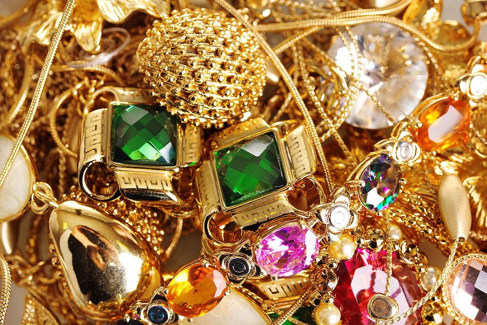 کاهش خرید طلا و جواهر