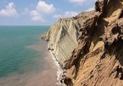 مرگ گردشگر ۲۲ ساله بر اثر سقوط از کوه در جزیره هرمز